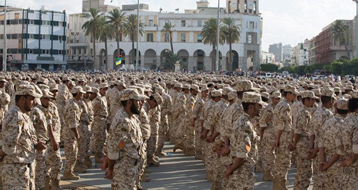 Militares bajo el mando del gobierno en Tripoli celebran el 75º aniversario del Ejército de Libia