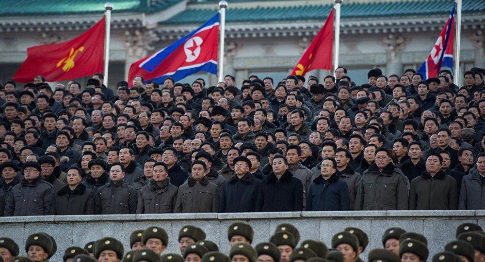 Trump y Putin abordan por teléfono solución a crisis coreana
