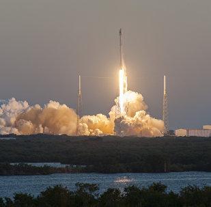 Lanzamiento del cohete portador Falcon 9 (archivo)