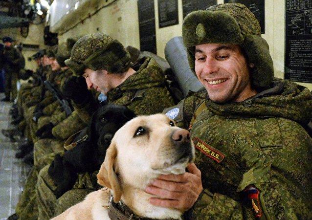 Militares rusos se dirigen a Siria