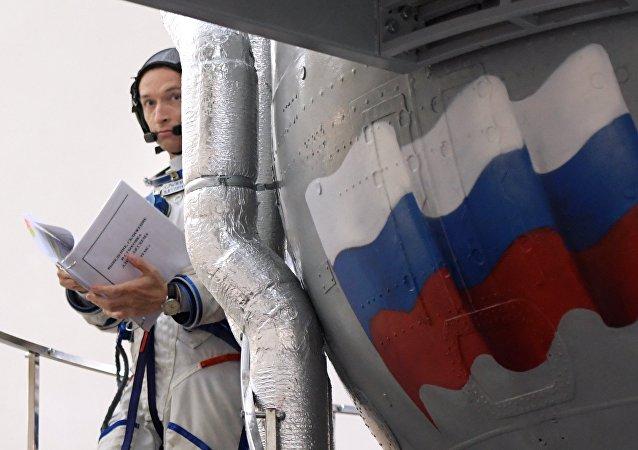 Un astronauta de la tripulación rusa en la Estación Espacial Internacional