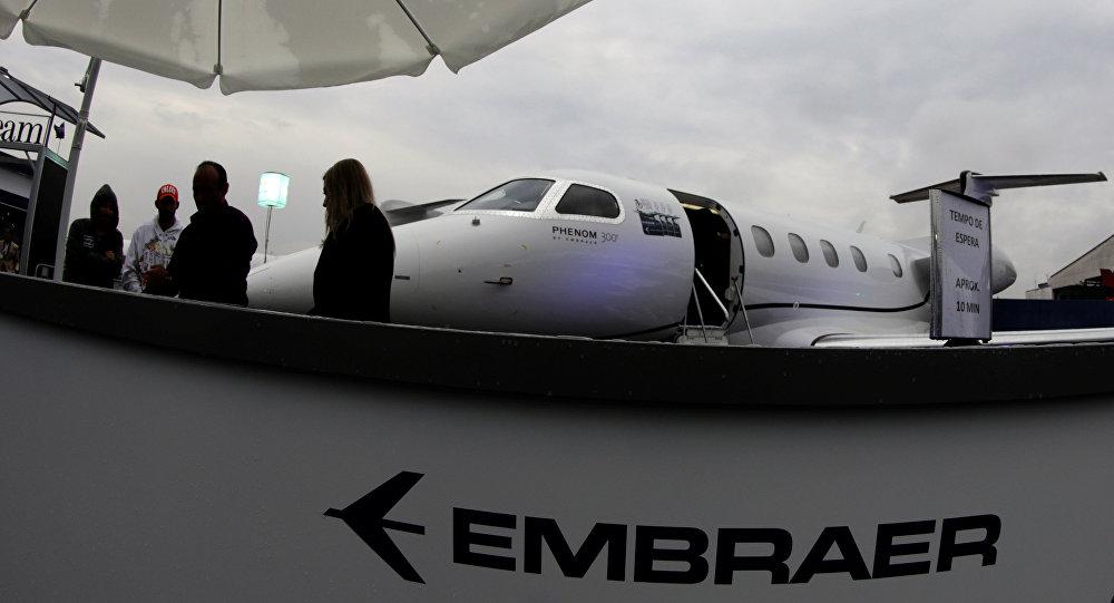 Boeing va por Embraer