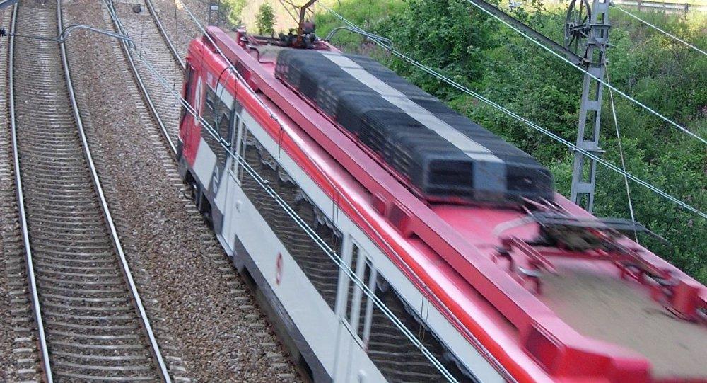 Tren de cercanías en España (imagen referencial)