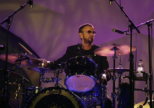 Ringo Starr, el baterista de la banda musical The Beatles