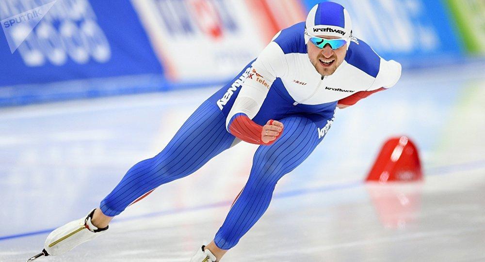 Denis Uskov, patinador de velocidad ruso