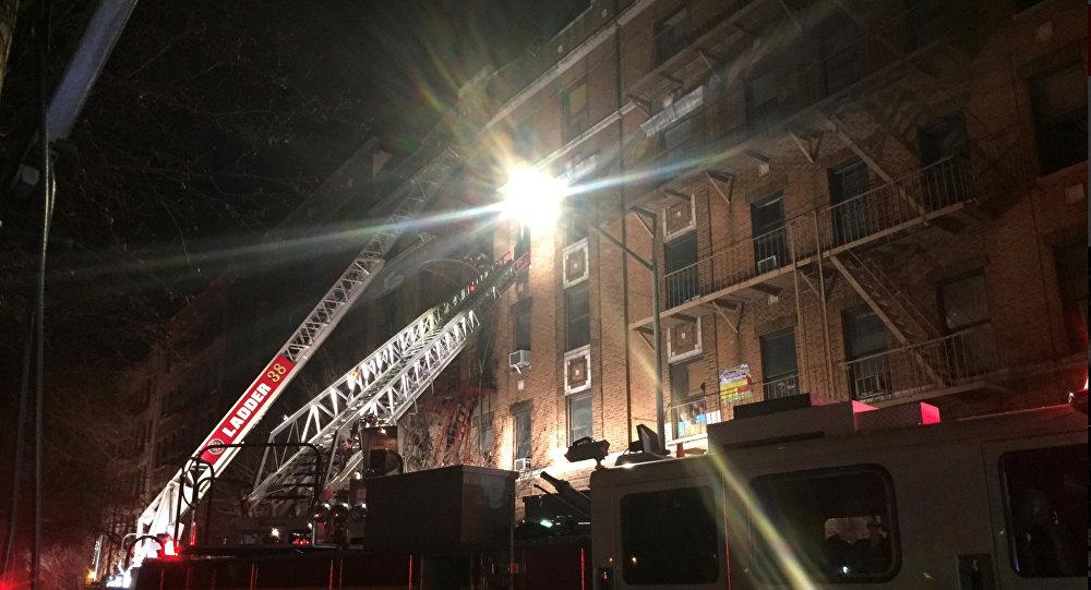 Doce muertos deja incendio en edifico de El Bronx en Nueva York