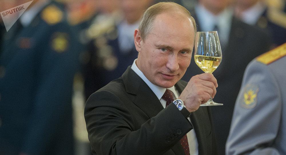 Fue acto terrorista explosión en San Petersburgo: Putin
