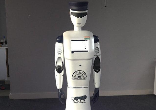 La seguridad de la India contará con el servicio de un robot policía