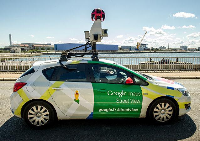 Un automóvil de Google Street View