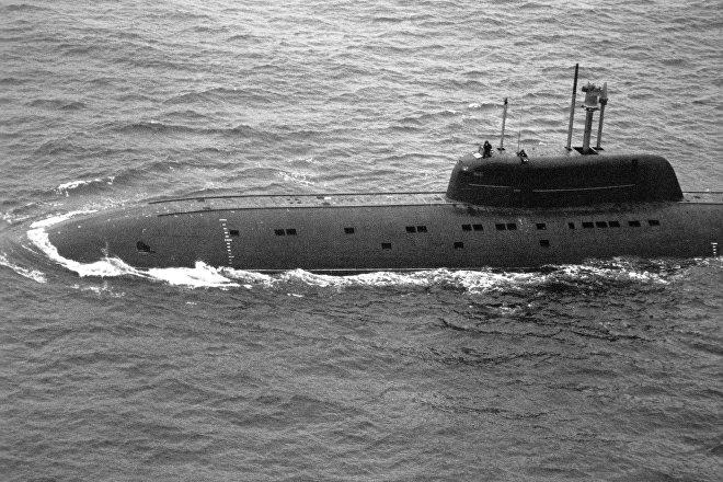 Submarino soviético de proyecto 945 Barracuda (archivo)