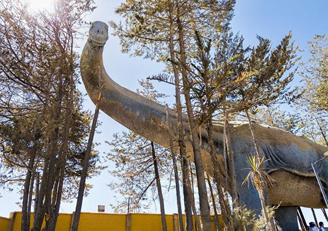Réplica de un titanosaurio