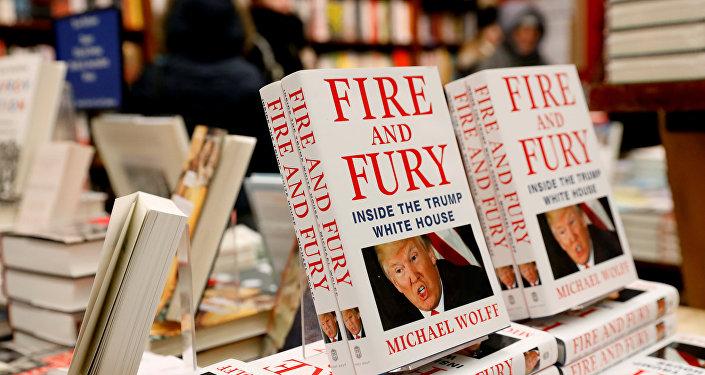 Un libro titulado 'Fuego y Furia: Dentro de la Casa Blanca de Trump'