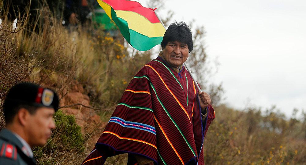 La reacción de Evo Morales tras las críticas del piloto Martínez