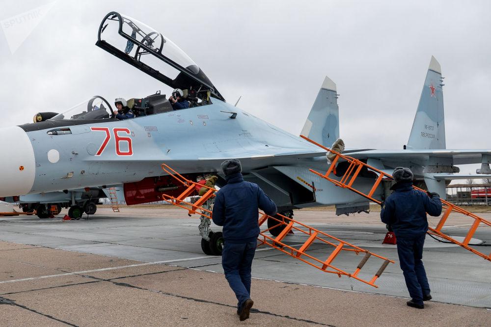 Misiles y piruetas extremas en el aire: así se entrenan los pilotos rusos