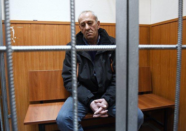Víktor Tíjonov, conductor del autobús que interrumpió en un paso subterráneo en Moscú