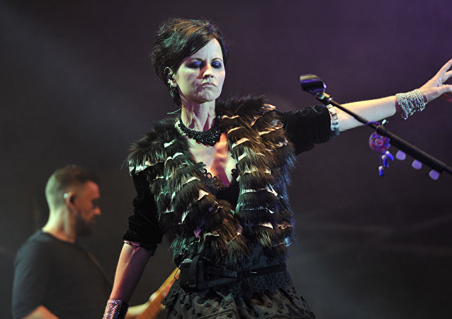 Dolores O'Riordan, vocalista y guitarrista del grupo The Cranberries