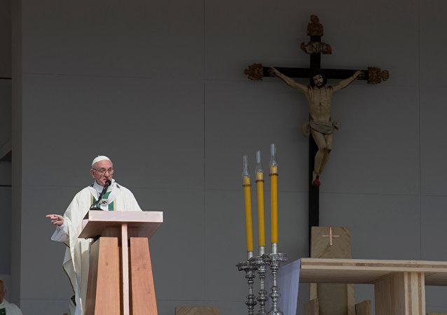 Papa Francisco durante la misa en Santiago, la capital de Chile