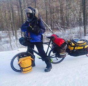 Yves Chaloin, el francés que se atrevió a cruzar en bicicleta el este de Siberia