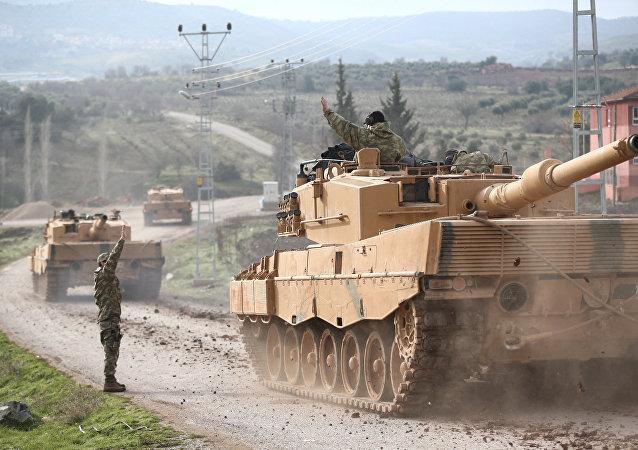 Ejército turco en la frontera entre Turquía y Siria