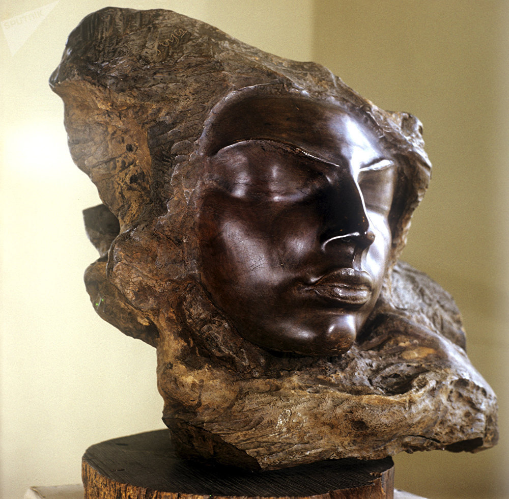 'El argentino', obra del escultor Stepan Erzya, en exposición en el Museo de Bellas Artes de Saransk