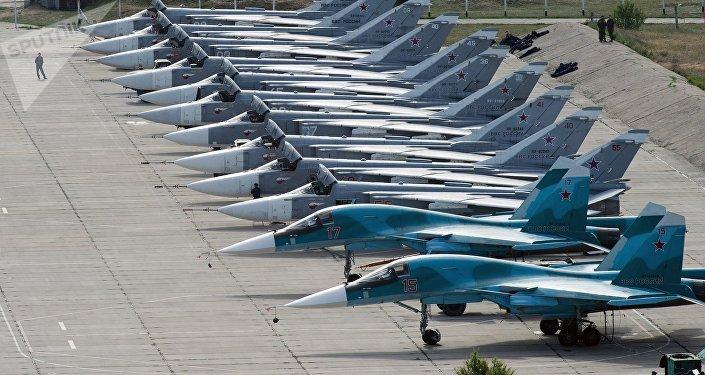 Cazas rusos en el aeródromo de Belbek, en Sebastopol