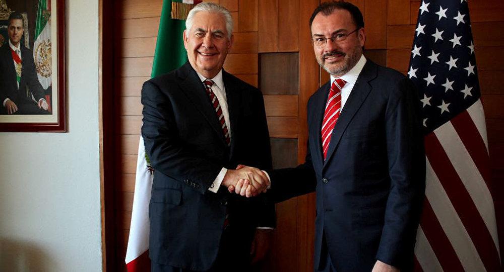 Rex Tillerson, secretario de Estado de EEUU, y Luis Videgaray, canciller de México