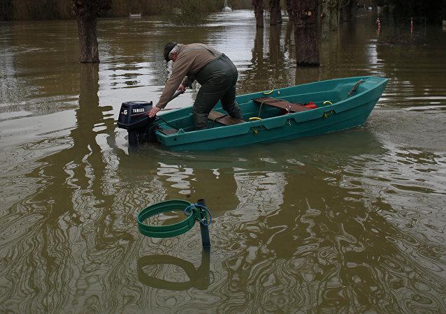 Inundaciones a las afueras de París
