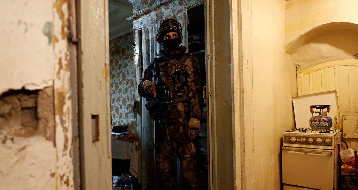 Un agente de las fuerzas especiales turcas