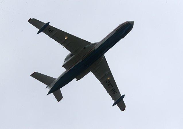 El avión anfibio Be-200