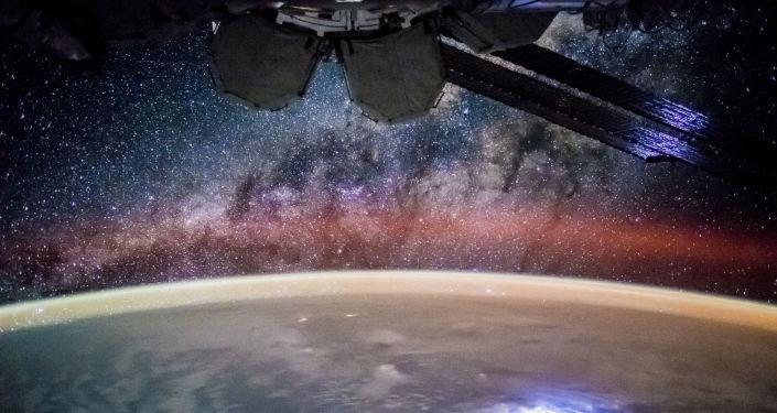 La Estación Espacial Internacional, un faro brillante para la humanidad