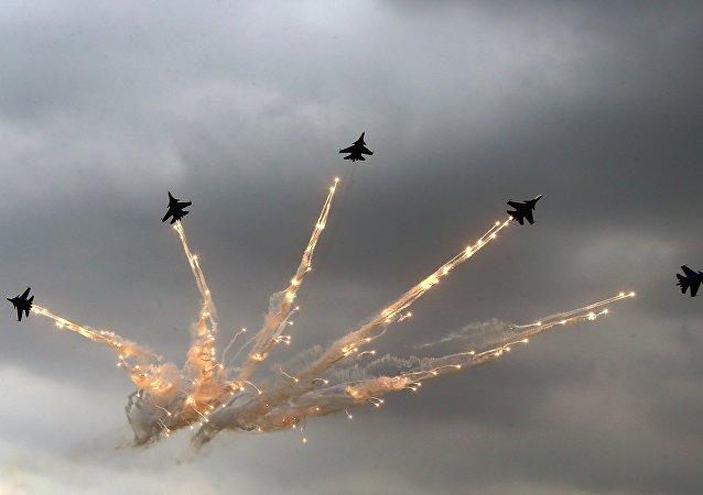 Cazas polivalentes Su-30SM