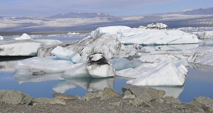 Un glaciar (archivo)