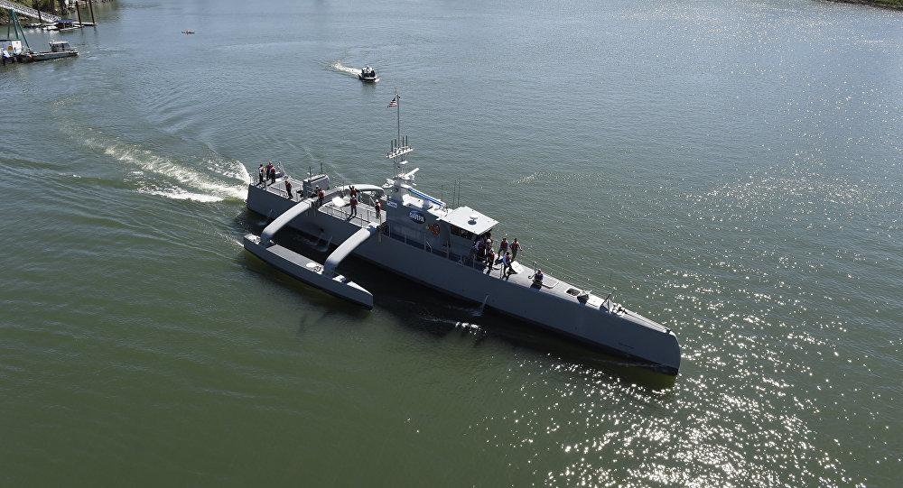El buque Sea Hunter (Cazador marino, en español) de EEUU