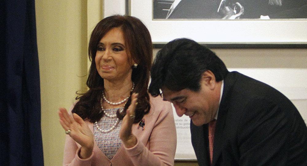 La expresidenta de Argentina, Cristina Fernández de Kirchner, junto a su exsecretario Carlos Zannini (archivo)