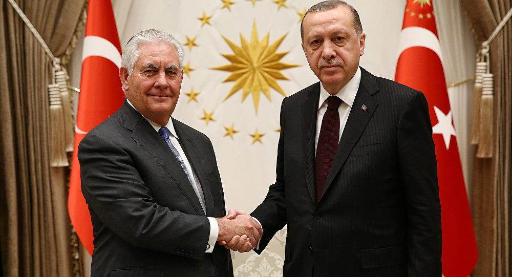 El exsecretario de Estado de EEUU, Rex Tillerson, y el presidente de Turquía, Recep Tayyip Erdogan