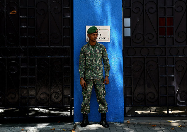 Un soldado de la Maldivas