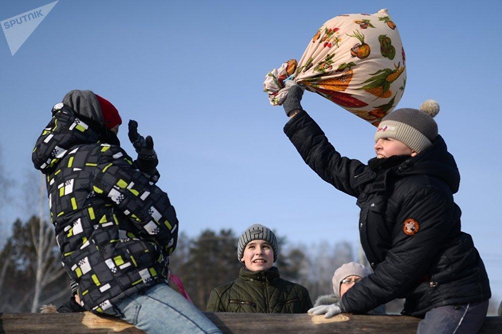 La Máslenitsa: cómo Rusia despide el invierno