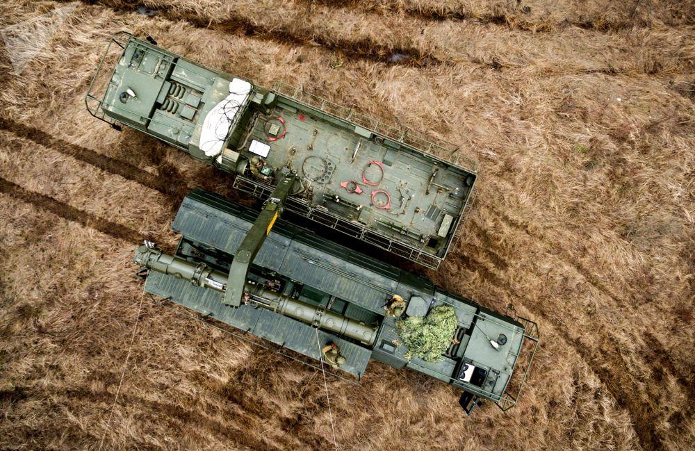 Misiles, atletas y cosmonautas: así ha sido febrero en imágenes