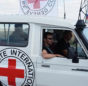 La Cruz Roja en Donbás (archivo)