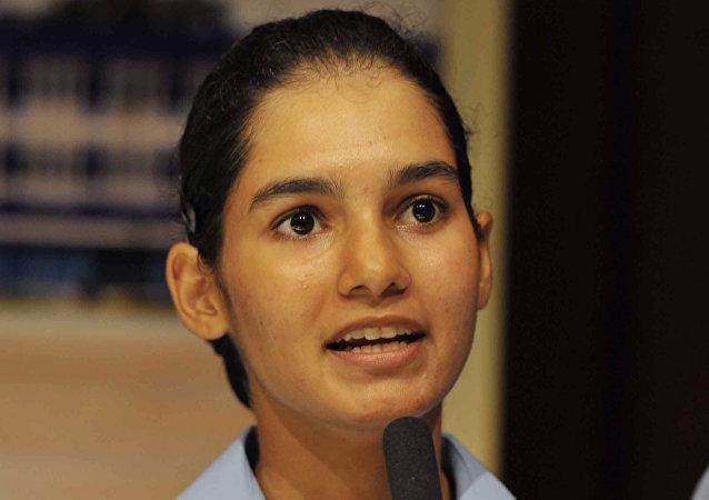 Avani Chaturvedi, la primera mujer india en pilotar en solitario un MiG-21 ruso