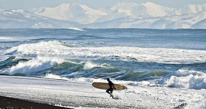 Yury Smityuk, Rusia. El surfing de invierno en la Costa del Pacífico ruso