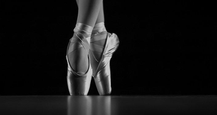 Pies de una bailarina de ballet