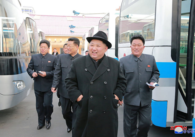 El líder norcoreano, Kim Jong-un, en las montañas
