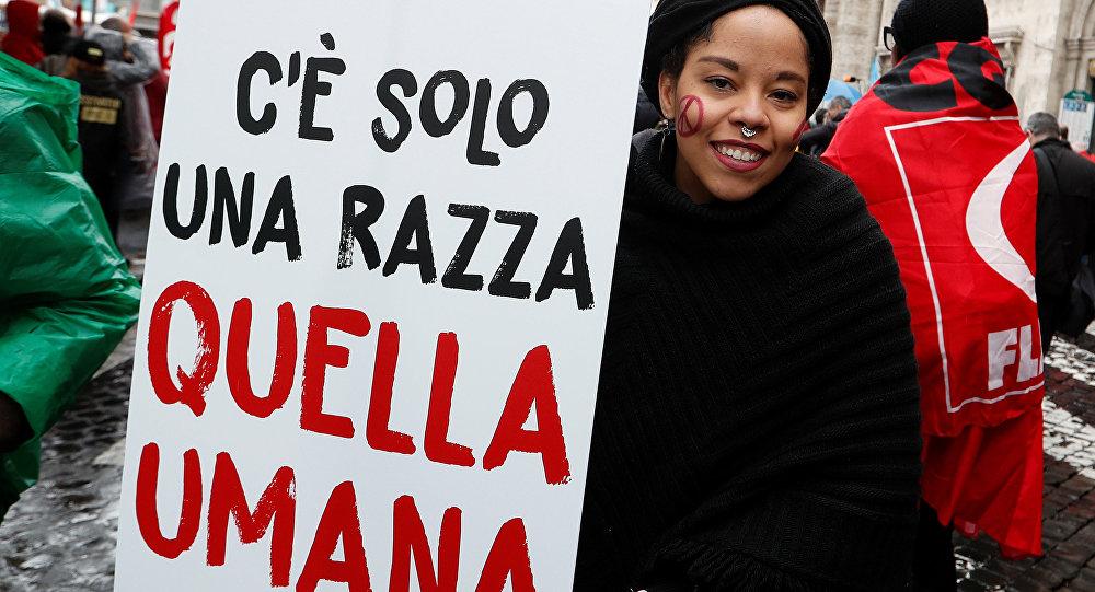 Un cono de la canci n latinoamericana aspira al for Lavorare al parlamento italiano