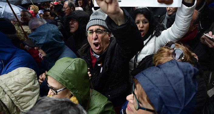 Manifestación de jubilados y pensionistas en Madrid, España