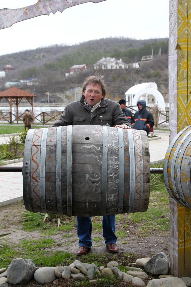 El presidente de la compañía rusa productora de vinos y de champaña Abrau-Durso, Borís Titov, durante el encuentro de la primavera en Abrau-Durso