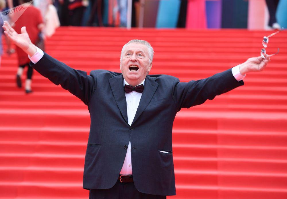 El líder del Partido Liberal Demócrata de Rusia, Vladímir Zhirinovski, durante la clausura del 39 Festival Internacional de Cine de Moscú