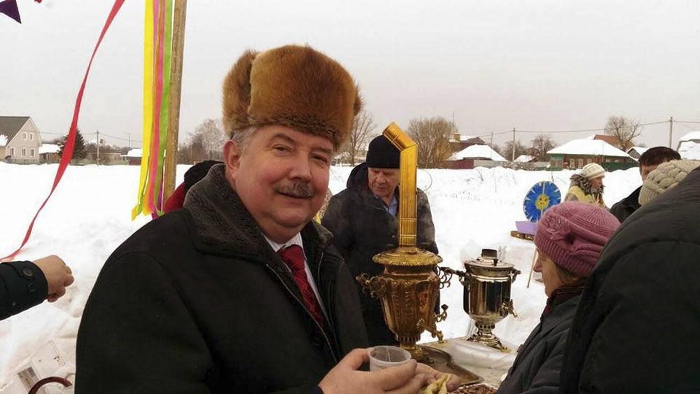 El estadista ruso y candidato presidencial Serguéi Baburin sostuvo varias reuniones con el electorado de la región de Tula