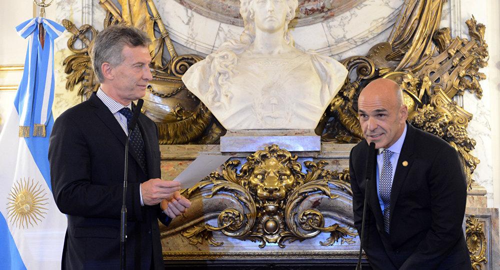 Mauricio Macri, presidente de Argentina y Gustavo Arribas, director de la Agencia Federal de Inteligencia de Argentina