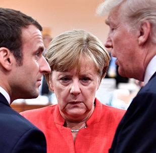 Presidente francés, Emmanuel Macron, canciller Alemana, Angela Merkel, y presidente de EEUU, Donald Trump2017.